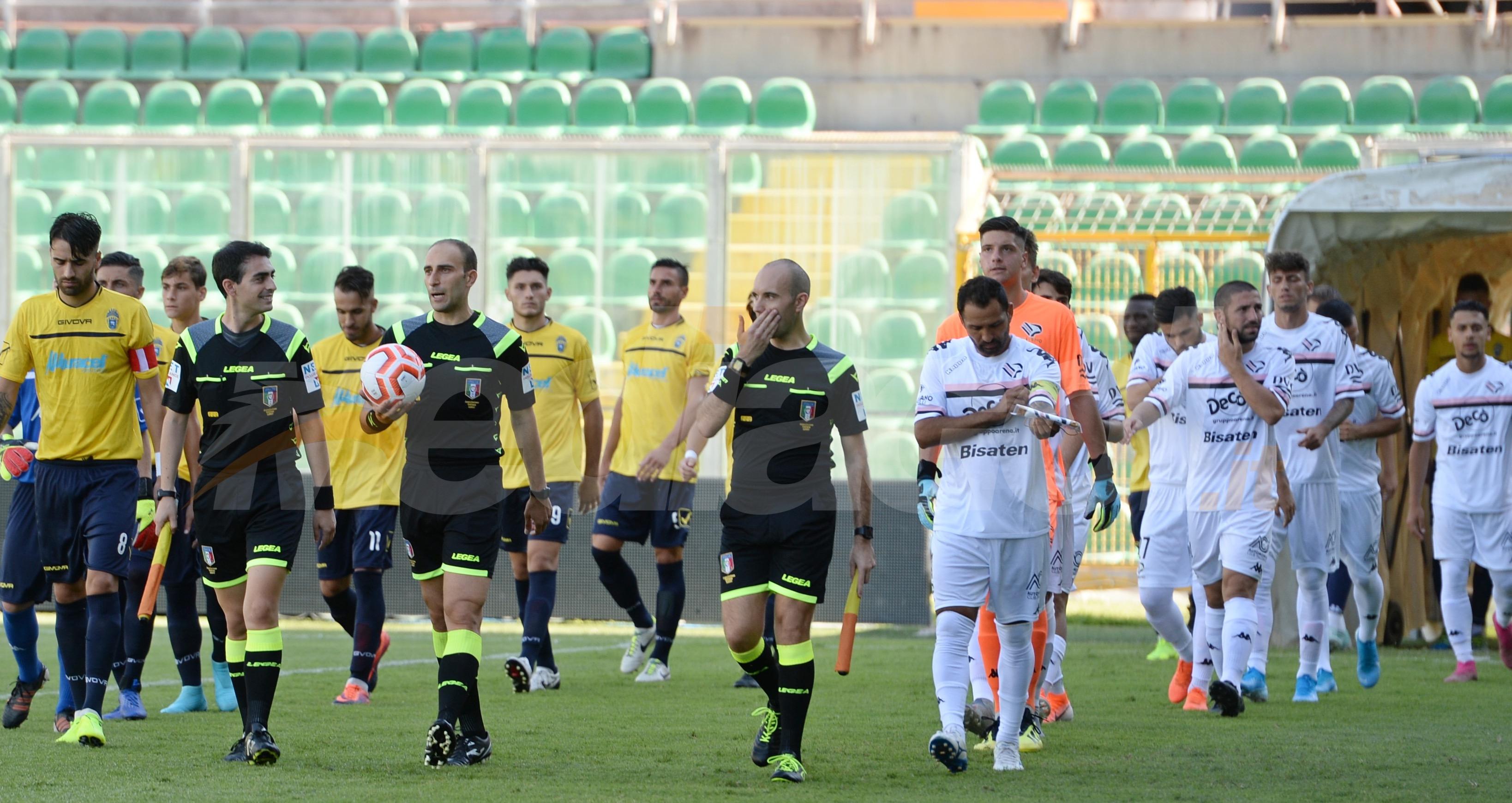 Biancavilla - Palermo. divieto di vendita dei biglietti ai residenti nel capoluogo siciliano