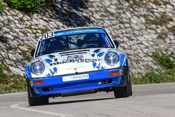 Lucio Da Znche  su Porsche 911 vince l'Historic Rally della 105 esima Targa Florio