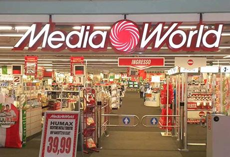 Beccato a rubare da Mediaworld alle Porte di Catania, arrestato