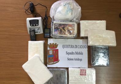 Misterbianco, aveva 9 chili di cocaina in casa: arrestato
