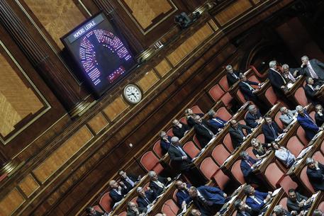 Manovra: ok al concorso per stabilizzare gli ex Lsu Palermo