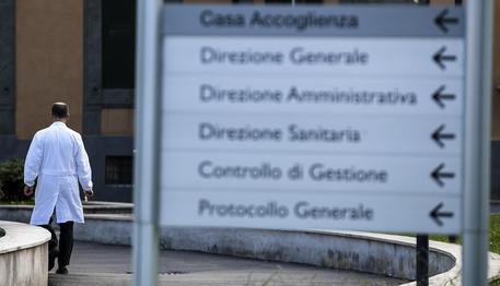 Violenza su pazienti, medico di Pavia condannato