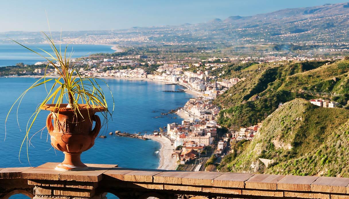 A Giardini Naxos esperti britannici del turismo per conoscere l'Isola