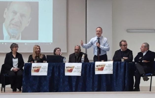 Studenti dell'Einaudi di Siracusa e cronisti per conoscere le vittime di mafia