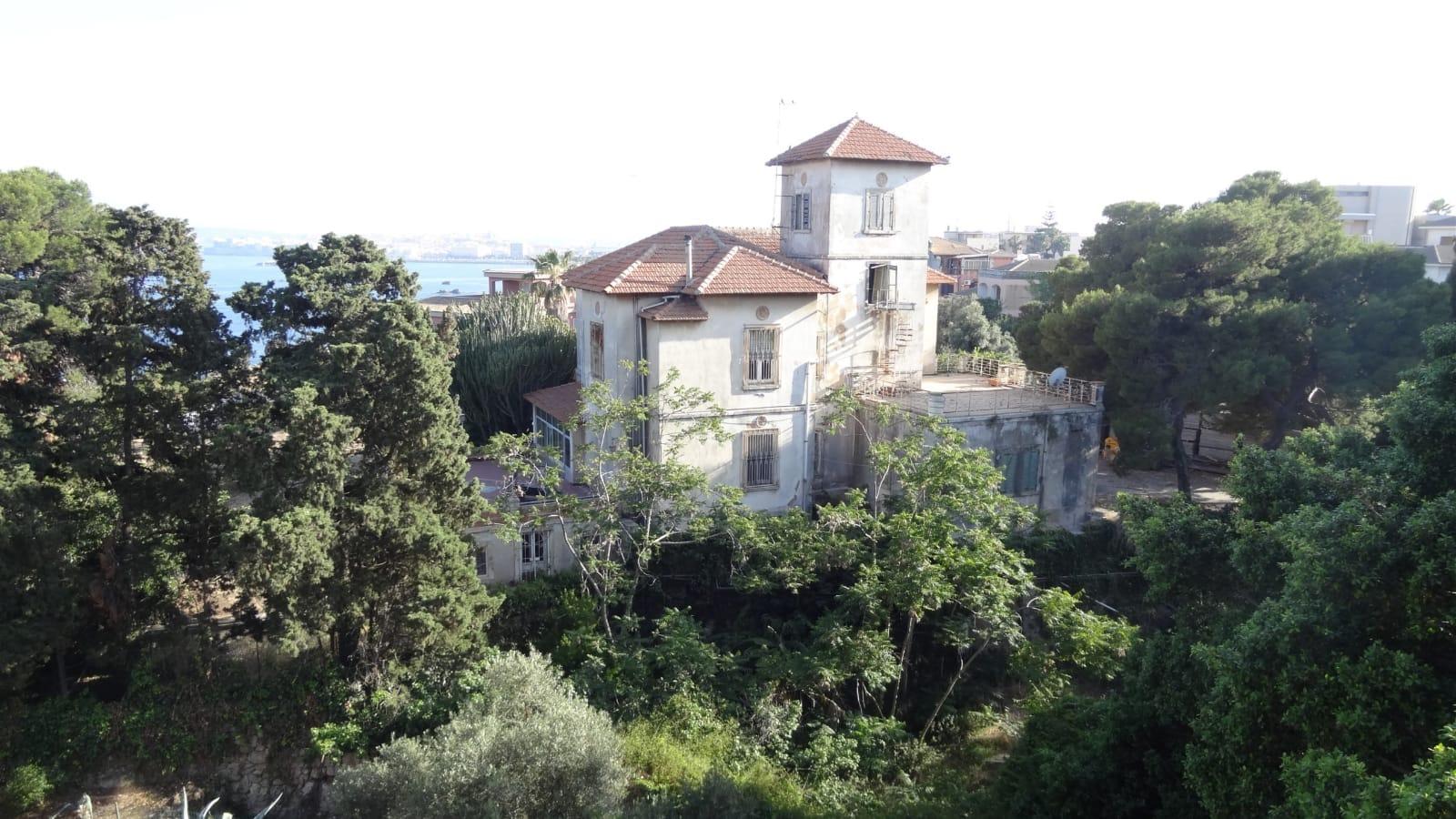 Siracusa, Granata chiede di sospendere la demolizione di Villa Abela