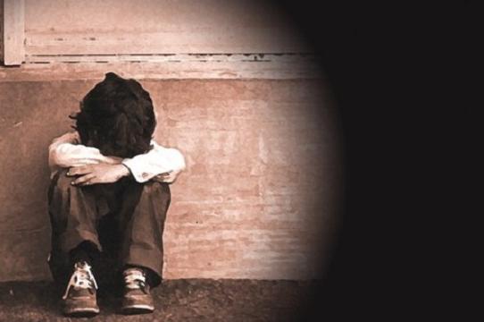 Abusi su tre nipotine, trentacinquenne  arrestato nel Palermitano