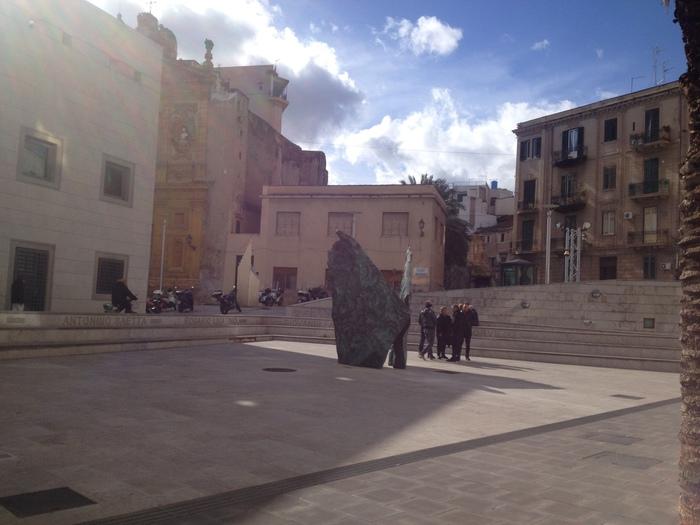 Palermo, abusò di una studentessa: due anni e 10 mesi al prof