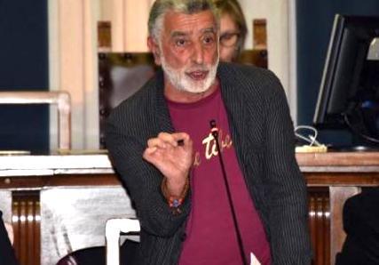 Non passa la sfiducia, Accorinti resta sindaco di Messina