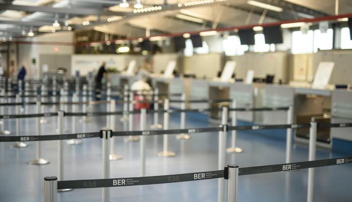 Prevenzione terrorismo, Usa e Gran Bretagna vietano l'uso di apparecchi elettronici sugli aerei