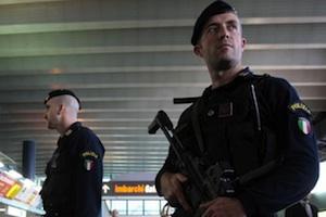 Catania, arrestati due eritrei all'aeroporto con documenti falsi