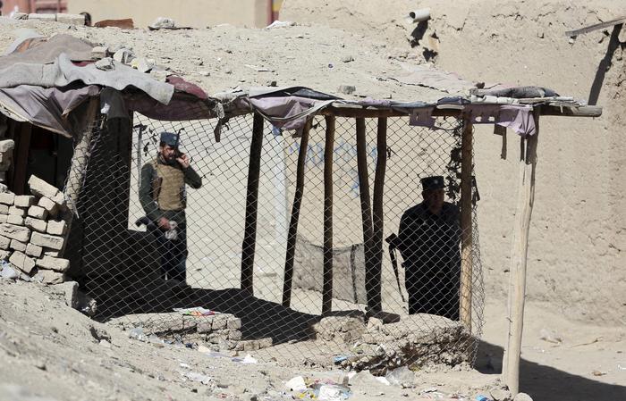 Elezioni nel sangue in Afghanistan, 50 morti e 100 feriti
