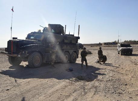 Afghanistan, razzo Rpg contro un mezzo italiano