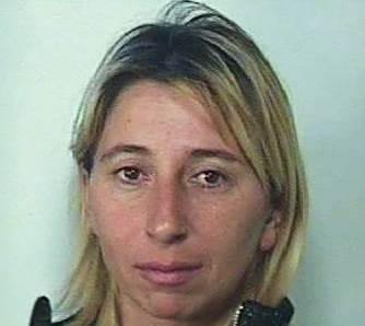 Catania, in giro per Librino sebbene fosse ai domiciliari: arrestata