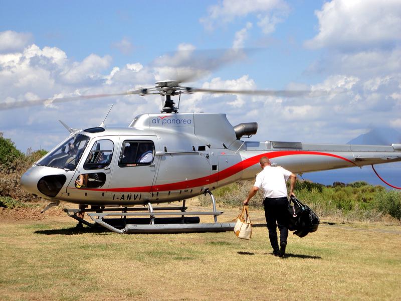 Isole Eolie, la società di elicotteri 'Air Panarea' potenzia il servizio dei trasporti
