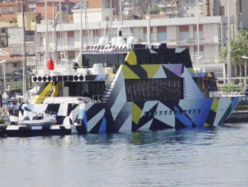 """Lo yacht d'autore """"Guilty"""" ormeggiato al porto di Siracusa"""
