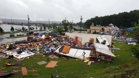 Tornado in  Alabama, almeno 22 morti: bilancio provvisorio