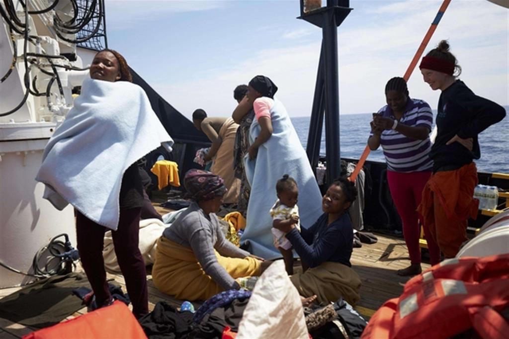Assegnato il porto alla Alan Kurdi: gli 88 migranti sbarcheranno a Taranto