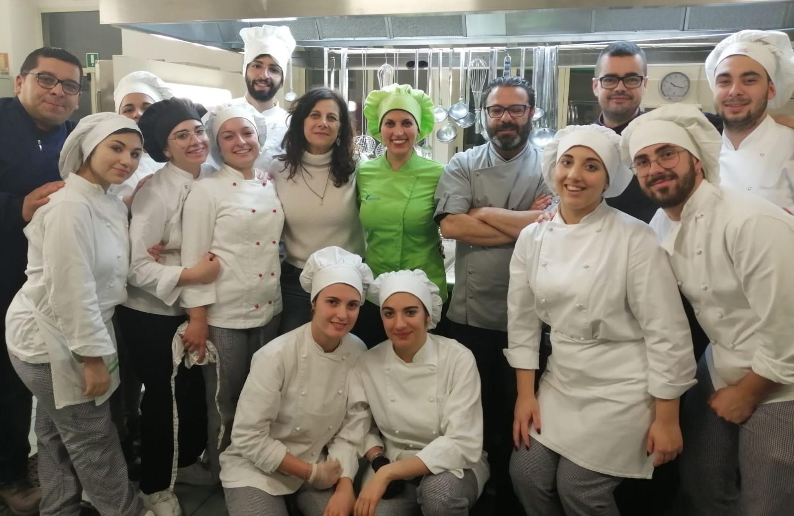 Modica, all'Alberghiero avviato il progetto pilota sulla cucina vegetale