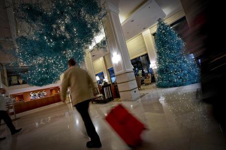 A Napoli un albero di Natale da Guinness: lungo 50 mila metri