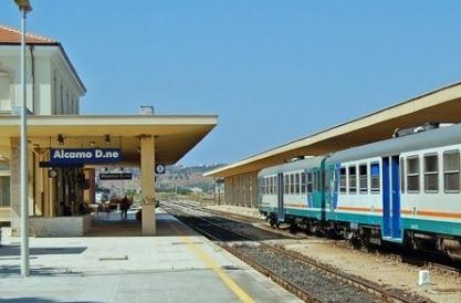 La Regione stanzia 72 milioni per ammodernare la tratta ferroviaria Trapani - Alcamo