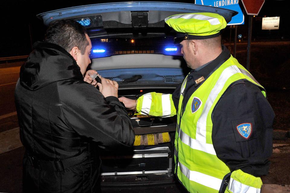 Siracusa, in diminuzione i conducenti trovati positivi all'alcoltest o sotto l'effetto di stupefacenti