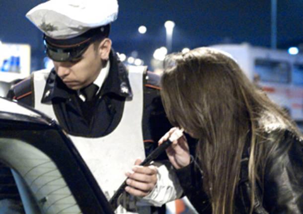 Modica, 3 giovani bloccati in corso Mediterraneo in stato di ebrezza