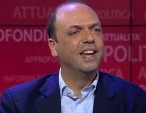 """I voti di Cuffaro al Pd? Il ministro Alfano in tv: """" E' un dibattito ipocrita"""""""