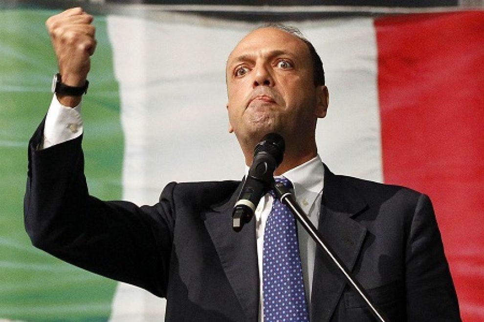 Il prefetto di Enna trasferito, indagato il ministro Alfano