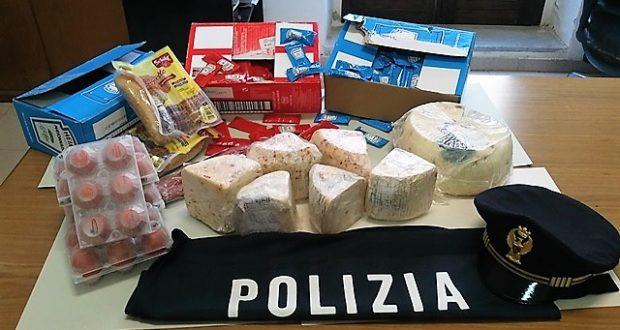 Alimenti scaduti a Siracusa, sanzioni a un supermercato