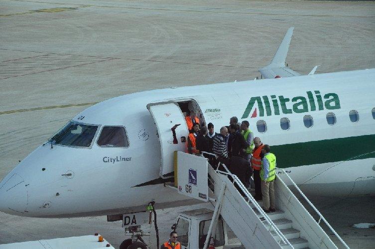 Alitalia, da luglio a settembre voli per la Corsica e Comiso in Sicilia