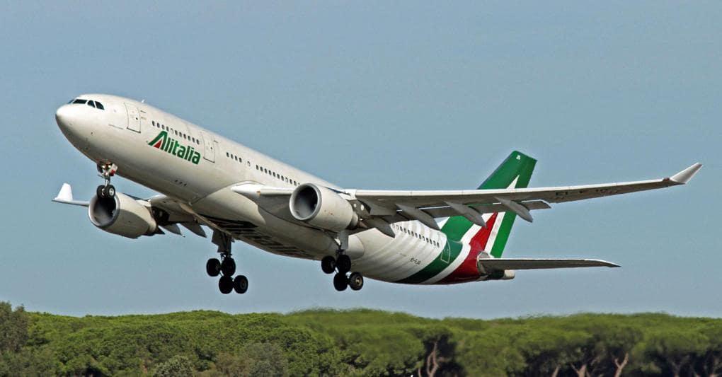 Stop domani agli aerei, Alitalia cancella 137 voli