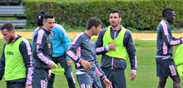 Il Palermo adesso cerca tranquillità: squadra in ritiro a Roma