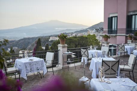 All'Otto Geleng del Belmond Grand Hotel di Taormina il Barawards 2018