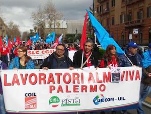Almaviva, sospesi trasferimenti Palermo: arriva una tregua, ma la protesta continua