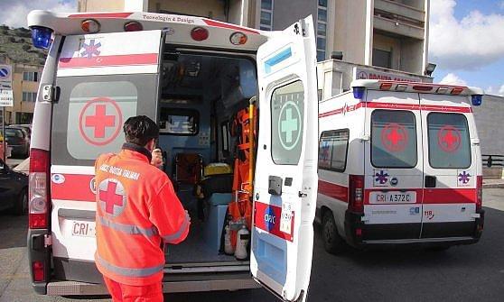 Schianto in autostrada vicino Carlentini, un morto e tre feriti