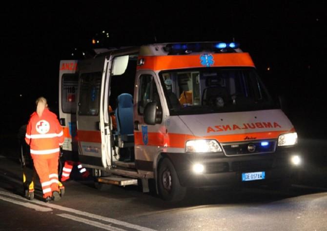 Incidente nella notte sulla Catania - Siracusa: due persone restano ferite