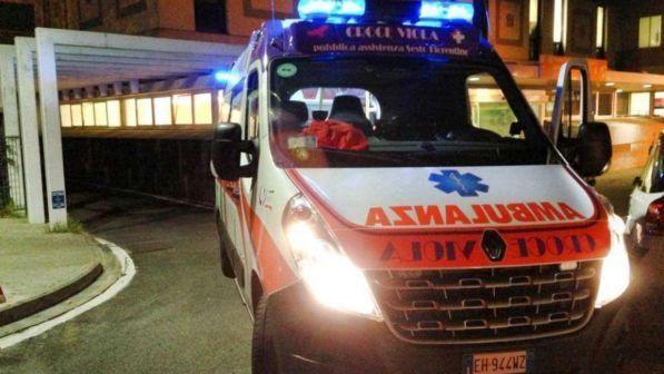 Milano, ragazza accoltellata per rapina
