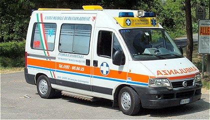 Palermo, l'auto si ribalta tre volte: morto un ragazzo di 21 anni