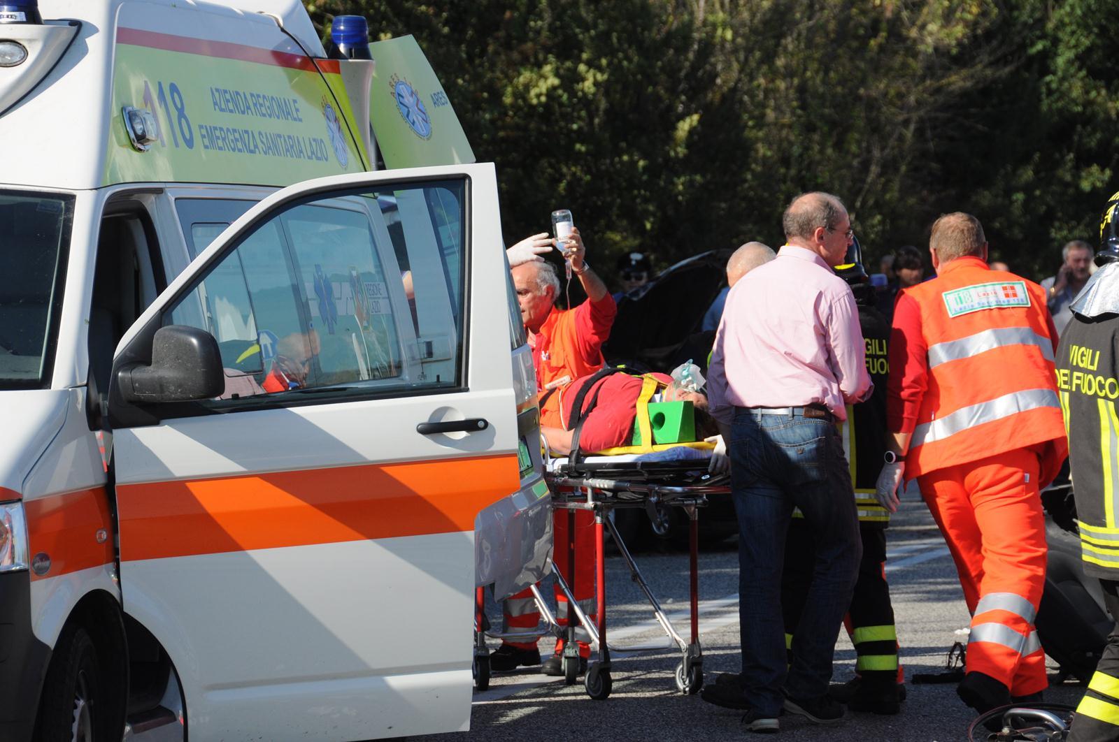 Incidente stradale a Francofonte, tre feriti: uno è gravissimo