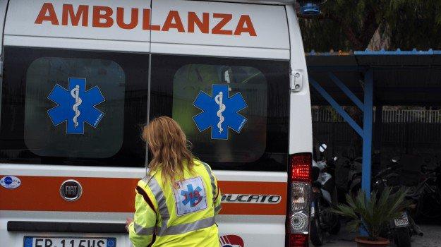 Modica, pedone investito da auto pirata in via Nazionale: è in Rianimazione
