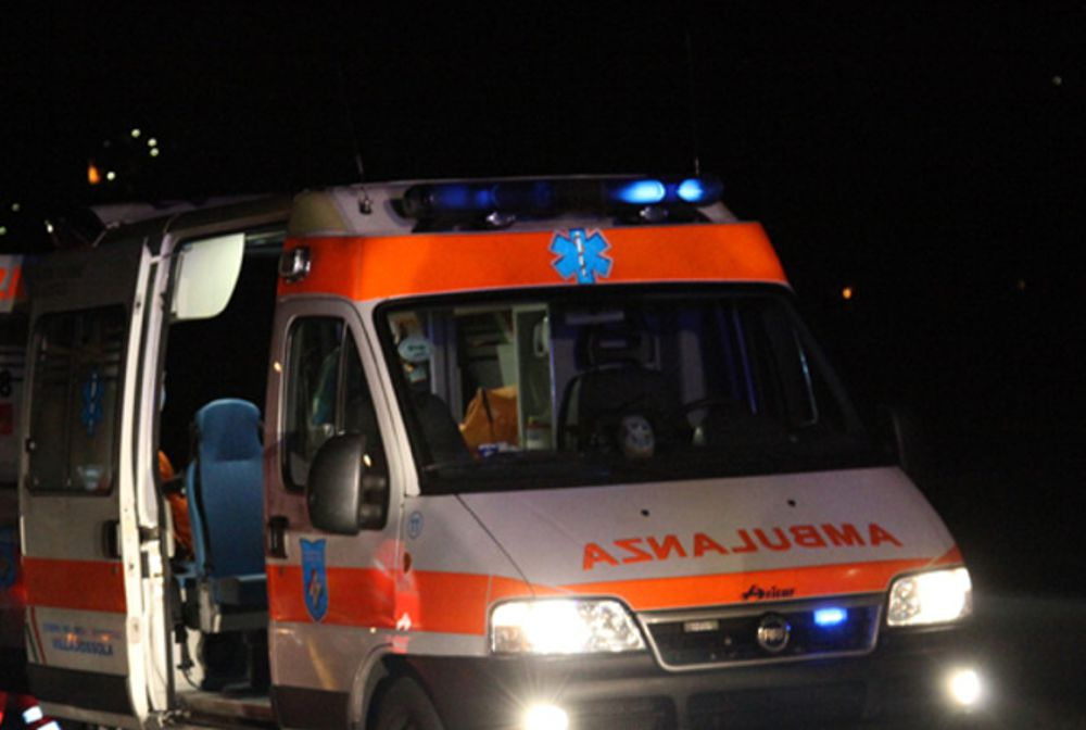 Incidente mortale nel Messinese, precipita con l'auto in un burrone