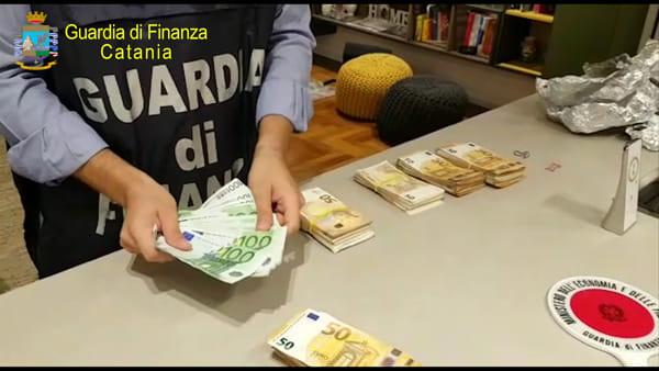 """""""Buche d'oro"""", sequestrati 300 mila euro a sei funzionari  Anas di Catania"""