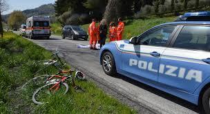 Travolge e uccide un uomo in scooter: arrestato nelle Marche