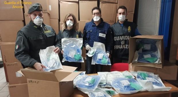 Bloccato ad Ancona un carico di respiratori meccanici destinati all'export