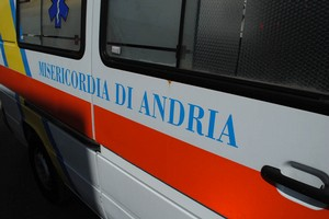 Andria, bimbo nasce in ambulanza: la mamma sta bene