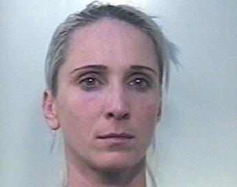 Le davano la caccia per droga, si nascondeva a Rosolini: arrestata