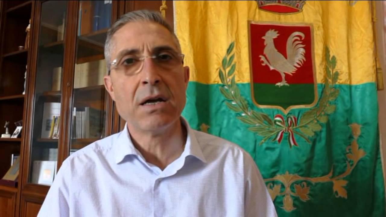 Ex sindaco di Priolo Antonello Rizza venerdì davanti al Gip