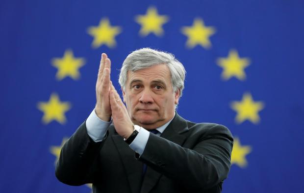 Migranti: il presidente del Parlamento Europeo in visita a Pozzallo