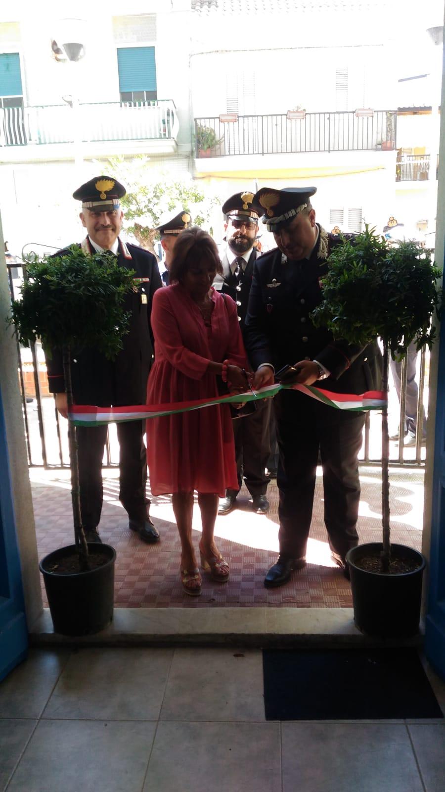 Stazioni estive carabinieri ad Agnone Bagni e Marzamemi