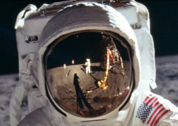 Mezzo secolo fa l'uomo sulla luna, il mondo celebra Apollo 11